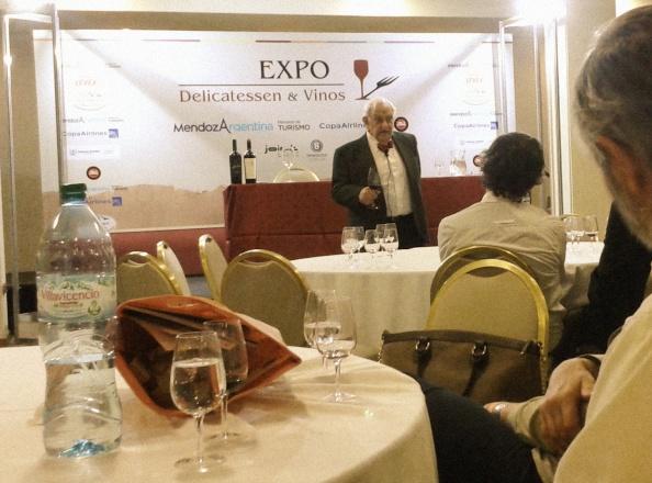 Brascó en la Expo Delicatessen y Vinos: Saber de vinos es inútil y a la vezfundamental